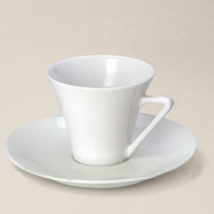 tasse à thé Haussmann en porcelaine décorée
